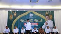 Menteri Ketenagakerjaan, M Hanif Dhakiri mengajak seluruh pegawai Kementerian Ketenagakerjaan (Kemnaker) kembali semangat bekerja dan melayani masyarakat dengan baik usai libur dan cuti bersama merayakan Hari Raya Idul fitri.