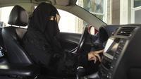Wanita di Arab Saudi mengemudi (Reuters)
