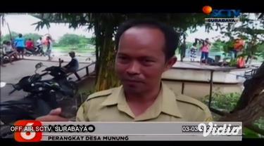 Tim Basarnas Jawa Timur dengan Tim BPBD Kabupaten Jombang terus melakukan penyisiran di sepanjang aliran Sungai Brantas, Senin pagi. Tim akhirnya berhasil menemukan dua korban tenggelam yang diduga merupakan pengemudi perahu penyeberangan dan satu an...