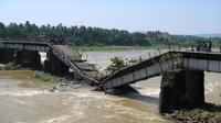 Ilustrasi jembatan amblas. (Prasad Shoranur/The Hindu)