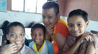 Sejumlah anak SD di Batam usai mengikuti imunisasi MR (Foto: Batamnews/Yogi)
