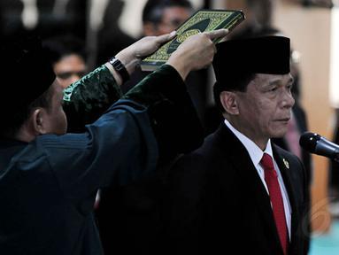 Mahkamah Agung melantik Ketua Badan Pemeriksa Keuangan (BPK) Rizal Djalil di Jakarta, Senin (28/4/14). (Liputan6.co/Johan Tallo)