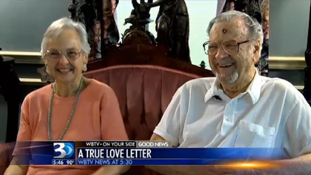 Tunjukkan Rasa Cinta Suami Ini Tulis Surat Cinta Di Koran