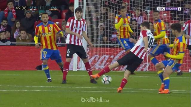 Valencia gagal menyalip Real Madrid di posisi ketiga klasemen Liga Spanyol setelah hanya bermain imbang 1-1 melawan Athletic Bilba...