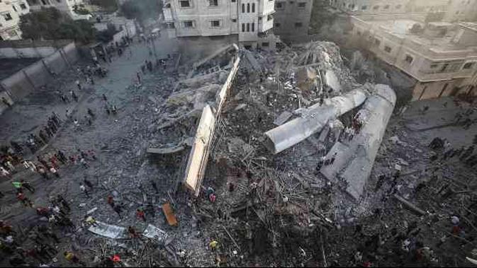 Lebih dari 150 titik di Gaza, Palestina, menjadi sasaran serangan udara militer Israel sejak Rabu malam, 8 Agustus 2018. Sementara...