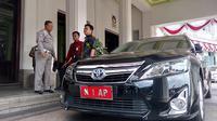 Mobil dinas Wali Kota Malang hasil pengadaan 2014 akan diganti yang baru (Liputan6.com/Zainul Arifin)