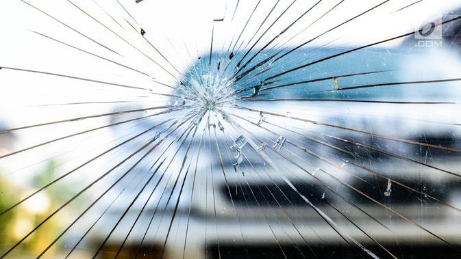 PolisiSelidiki Penyebab Kecelakaan Bus di Tol Cipali