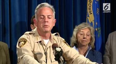 Polisi temukan bahan peledak berupa Amonium Nitrat di kendaraan milik pelaku Teror Las Vegas. Dalam keterangan pers Polisi juga mengatakan pelaku masih dalam penyidikan pihak berwajib.