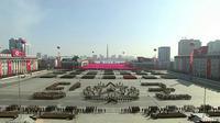 Suasana parade militer Korea Utara yang digelar di Pyongyang, Korea Utara (8/2). Parade militer ini digelar karena Korea Utara menetapkan 8 Februari sebagai hari lahir angkatan bersenjata negara mereka.  (KRT via AP Video)
