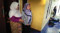 Siti Aisyah pulang ke rumah usai bebas jerat hukum (Liputan6.com/Yandhi Deslatama)