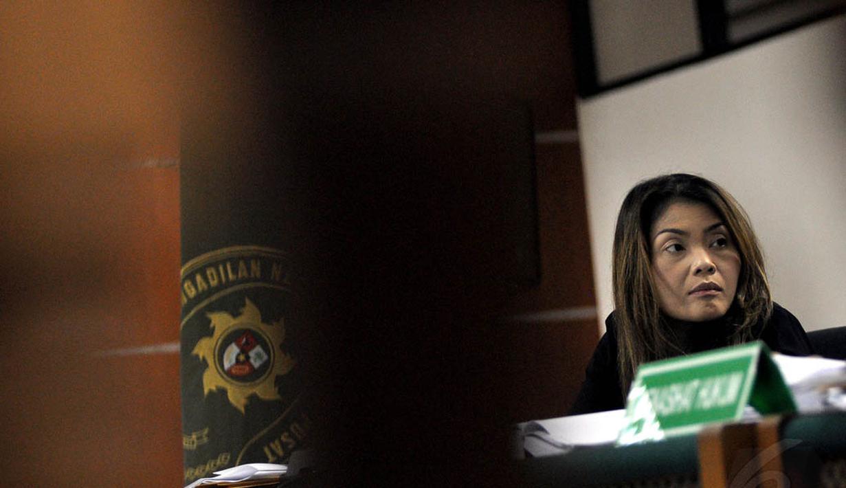 Sidang lanjutan kasus suap SKK Migas dengan terdakwa Artha Meris Simbolon digelar di Pengadilan Tipikor, Jakarta, (12/10/14). (Liputan6.com/Miftahul Hayat)