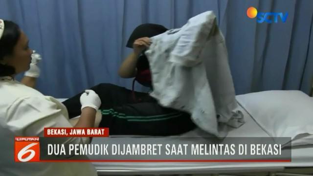 Saat terluka, kedua perempuan ini bukan merintih kesakitan tetapi meneriaki penjambret.