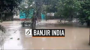 Bencana alam banjir di Assam India menewaskan sedikitnya 55 orang. Banjir besar dipicu hujan lebat yang mengguyur wilayah tersebut dalam 2 minggu terakhir.