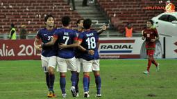 Pemain Malaysia luapkan kegembiraan usai mencetak gol ke gawang Indonesia dalam Laga Piala AFF Suzuki 2012 antara Malaysia vs Indonesia di Stadion Bukit Jalil, Kuala Lumpur, Malaysia. pertandingan berakhir dengan skor 2-0 untuk Malaysia.