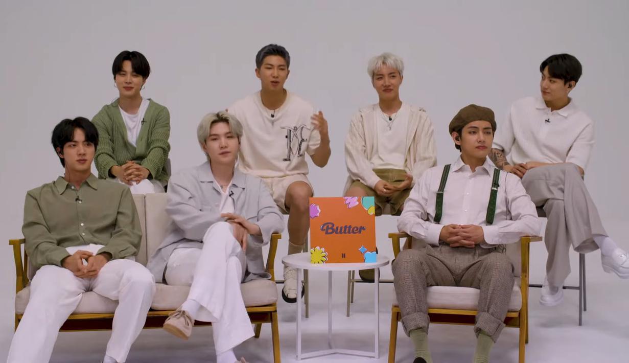 BTS mencuri perhatian para fans di Amerika dengan tampil di The Tonight Show yang dipadu Jimmy Fallon. Mereka berbagi sejumlah cerita menarik bersama sang host. (YouTube The Tonight Show Starring Jimmy Fallon)