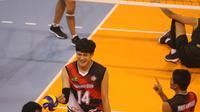 Pemain asing BVN Bekasi asal Thailand, Kitsada Somkane, merayakan perolehan poin dari Jakarta BNI Taplus pada seri kedua putaran pertama Proliga 2018 di GOR Temenggung Abdul Djamal, Batam, Sabtu (27/1/2018) malam WIB.. BVN Bekasi menang 3-1. (Humas PBVSI)