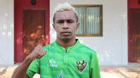 Todd Rivaldo Ferre bermain tak sampai semenit saat Lampang FC mengalahkan Uthai Thani dengan skor 2-0. (dok. Lampang FC)