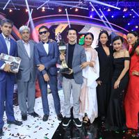 Indonesian Box Office Movie Awards atau IBOMA 2018 lembali dihelat oleh SCTV sebagai bentuk apresiasi terhadap seluruh elemen perfilman di Indonesia. Di ajang besar ini, Pengabdi Setan sukses memborong piala kemenangan. (Adrian Putra/Bintang.com)