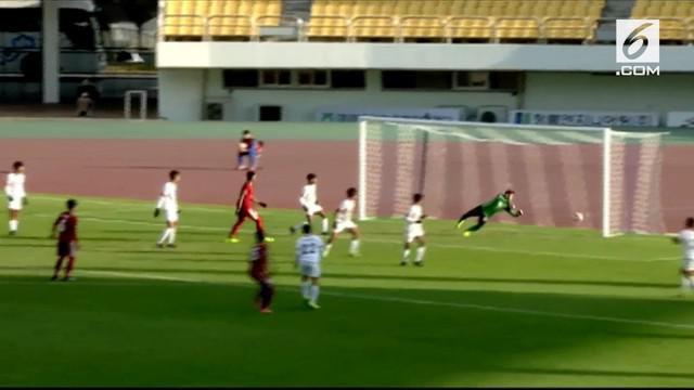 Diawali sepak pojok mendatar Egy Maulana, Saddil yang menerima bola langsung melepaskan tendangan keras kaki kiri.