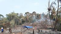 Kebakaran melanda perkampungan Baduy (Liputan6.com / Yandhie Deslatama)