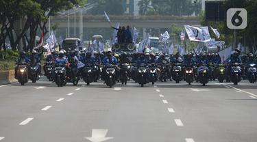 Buruh Bergerak Gedung DPR