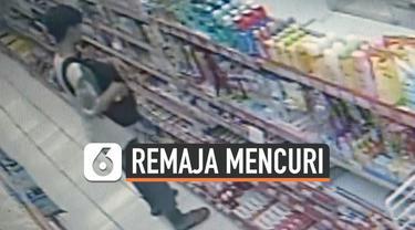 Pencurian di minimarket kawasan Tambora Jakarta Barat terekam CCTV. Aksi kriminal remaja itu diduga sudah dilakukan berulang kali di tempat yang sama.