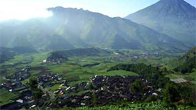 Walau Aktif, Status Gunung Dieng Masih Normal - News