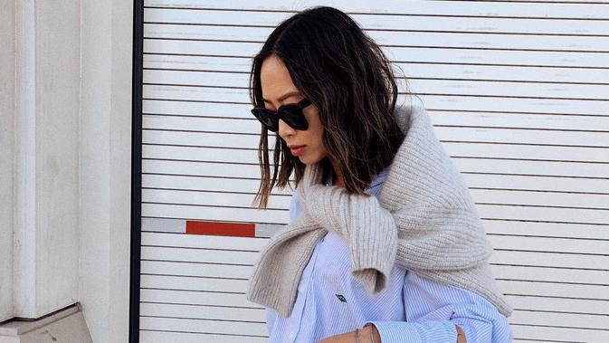 Selain Jeans Kakek, Tren Styling ala Grandpa Ini Favorit Fashion Girl