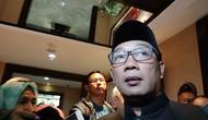 Wali Kota Bandung Ridwan Kamil memberi penjelasan soal insiden tertabrak pengendara bermotor