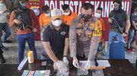 Kapolresta Pekanbaru Komisaris Besar Nandang dalam konferensi pers penangkapan pengedar sabu. (Liputan6.com/M Syukur)