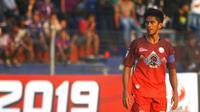 Kapten Martapura FC, Ardan Aras, akan memimpin rekan satu tim mengalahkan Mitra Kukar pada Liga 2 2019 di Stadion Demang Lehman, Martapura, Senin (29.7.2019). (Bola.com/Gatot Susetyo)
