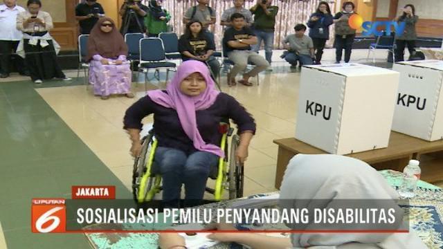 Kemensos dan KPU sosialisasikan Pemilu 2019 kepada penyandang disabilitas di Gedung Kementerian Sosial, Jakarta Pusat.