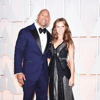 Dwayne Johnson dan Lauren Hashian (AFP/Bintang.com)