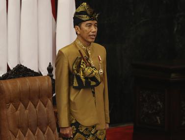 Jokowi Berbaju Sasak