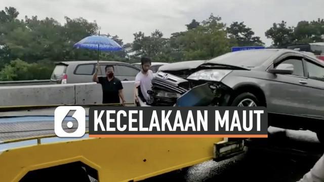 Mantan personel Trio Macan Chacha Sherly meninggal dunia setelah terlibat kecelakaan di jalan tol Solo-Semarang. Bagaimana kronologinya?