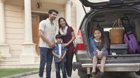 Nyaman Mudik Lebaran dengan Mobil (India Picture/Shutterstock)