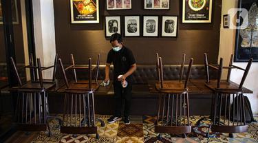 FOTO: Pengunjung Salon dan Restoran di Jakarta Wajib Sudah Divaksin