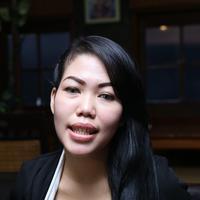 Devi Nurmayanti mengaku selama menikah ia tidak pernah 'disentuh' oleh Krisna Mukti. (Galih W Satria/Bintang.com)