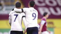 Dua gol kemenangan Manchester City di markas Burnley masing-masing dicetak oleh Gabriel Jesus dan Raheem Sterling. (Alex Pantling/Pool via AP)