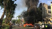 Ledakan bom terjadi di Gereja Katolik Santa Maria, Gubeng, Surabaya, Minggu (13/5). Bom juga meledak di KI Wonokromo Diponegoro, dan Gereja di Jalan Arjuno. (Liptan6.com/Istimewa)