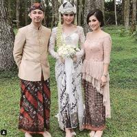 Raffi Ahmad mengunggah foto bersama Syahnaz Sadiqah dan Nisya Ahmad (Instagram/@raffinagita1717)