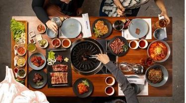 Hobi Nonton Drama, Rossa Buka Restoran Barbekyu Korea Halal dengan Bahan Lokal