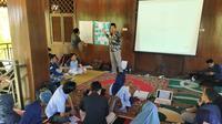 Sekolah menulis Gus Dur di Gorontalo.