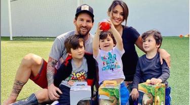 Pesepak Bola Terbaik Dunia Lionel Messi Tetap Utamakan Keluarga
