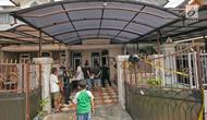 Penampakan TKP pabrik sabu di Kalideres, Jakarta, Senin (24/6/2019). Polisi menyita barang bukti berupa narkotika jenis sabu siap edar, bahan kimia dan alat pembuat sabu. (Liputan6.com/Herman Zakharia)
