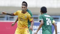 Tercatat, ia telah menjadi bagian dari sepak bola Indonesia lebih dari 10 tahun sejak pertama kali tiba di kompetisi musim 2007 lalu. (Bola.com/M Iqbal Ichsan)