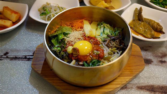 25 Makanan Enak Korea Selatan Yang Bikin Kita Ingin Mencobanya