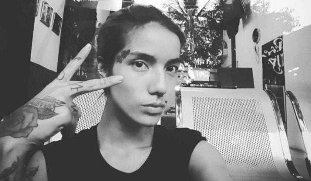 Sheila Marcia tampil bertato dan bertindik [foto: instagram/sheilamarciajoseph]