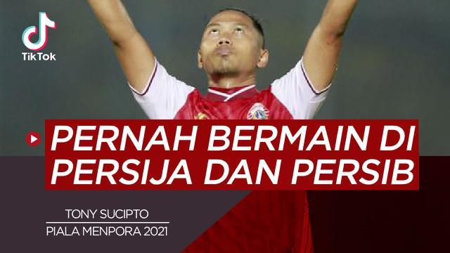 Berita video TikTok Bola.com tentang lima pemain yang pernah berseragam Persija Jakarta dan Persib Bandung.