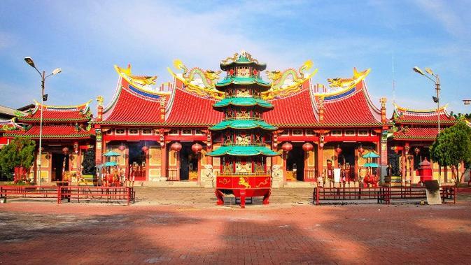 Bangunannya indah banget (sumber: buddha)